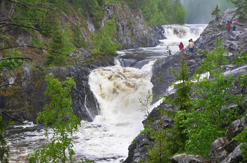 Водопад Кивач в Карелии