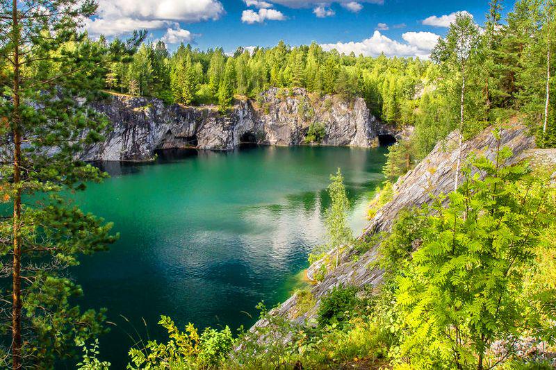 Экскурсия в Рускеалу из Спб на 1-2 дня