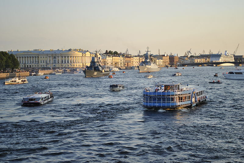 Прогулки по каналам Санкт-Петербурга