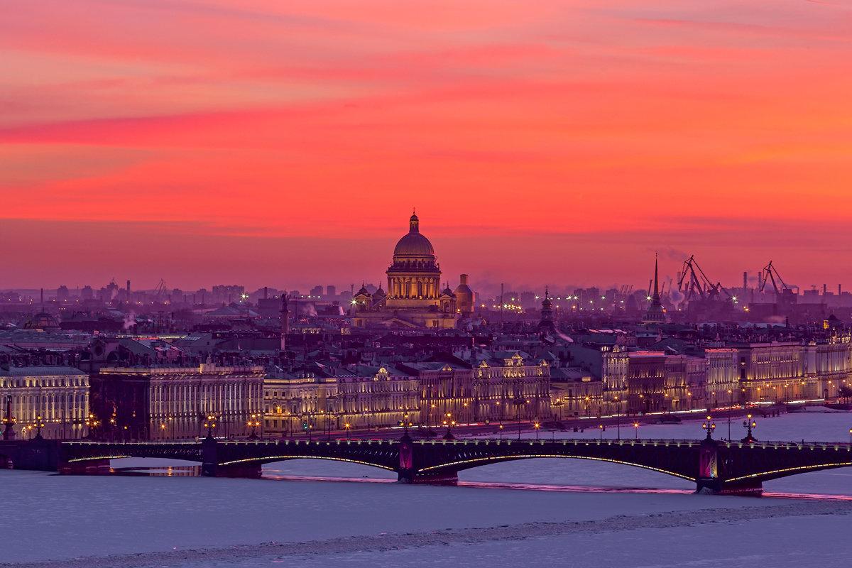 Санкт-Петербург вечером